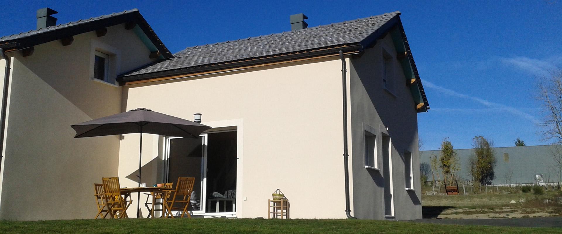 Vue générale du gîte Lou Saltret en location pour vos vacances en Lozère
